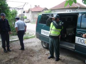 Полиция охранява черешовата реколта в Кюстендил