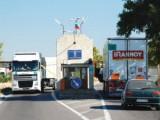 Picture: Масови проверки на автобусите по граничните пунктове