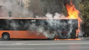 Avtobus gori BGNES Srhiv