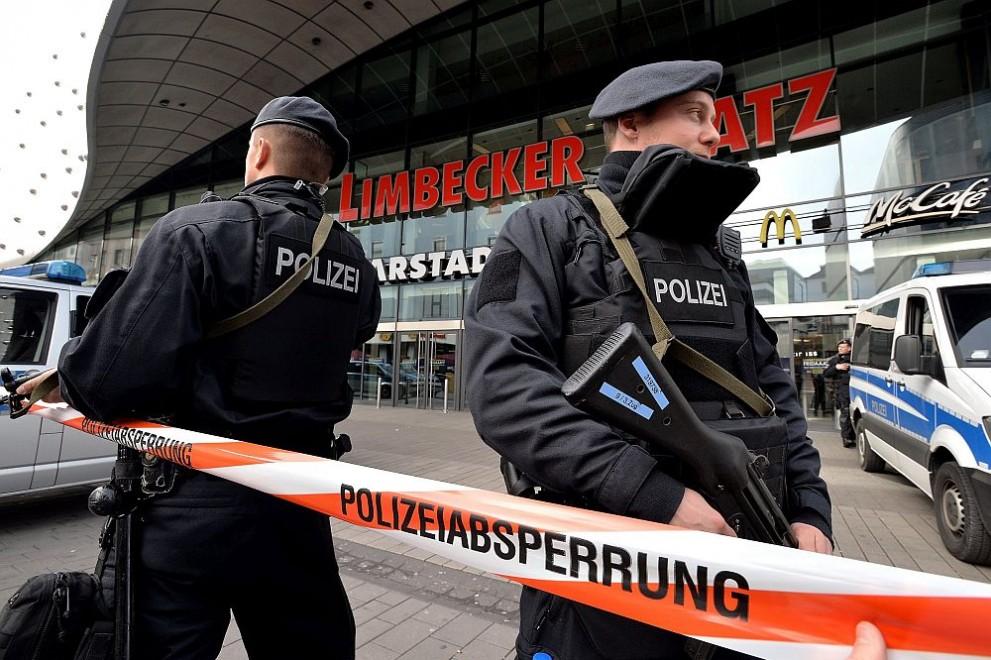 Mol Essen Police germaniya bgnes