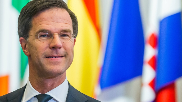 epa05840854 Netherlands Prime Minister Mark Rutte leaves at the end of the second day of the European spring summit in Brussels, Belgium, 10 March 2017. European leaders mainly focused on Brexit during the two-day summit after the European Council re-elected Donald Tusk as its president for a second term on 09 March 2017. EPA/STEPHANIE LECOCQ
