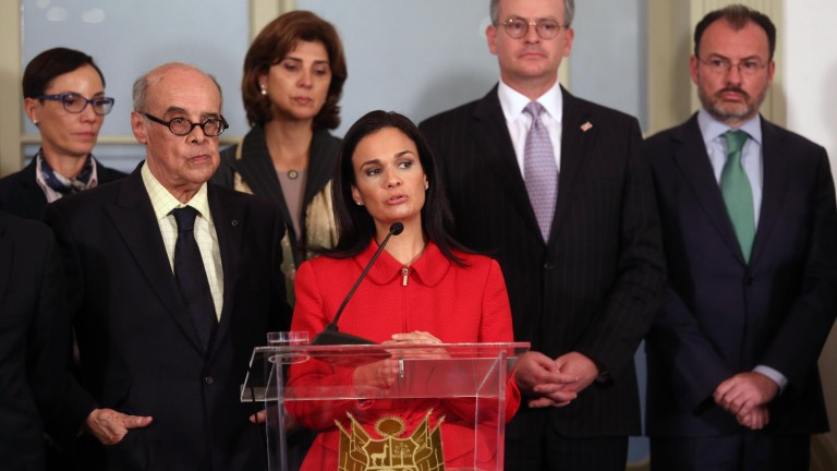 epa06133078 Panamanian Foreign Minister Isabel Saint Malo (C) delivers a statement during a press conference with her counterparts Ricardo Luna (L) of Peru, Maria Angela Holguin (2-L) of Colombia, Manuel Gonzalez Sanz (2-R) of Costa Rica and Luis Videgaray (R) of Mexico at the Palace of Torre Tagle in Lima, Peru, 08 August 2017. Foreign Ministers and delegates of 17 countries of Latin America and the Caribbean met in Lima to address the situation in Venezuela and reaffirmed their common opinion that the nation 'is not a democracy' anymore and that the ruling of the National Constituent Assembly 'is illegal.'  EPA/ERNESTO ARIAS
