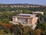 Изглед на Двореца в Перник