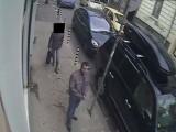 Picture: Издирва се крадец на коли! Ако го познаете, обадете се!