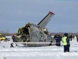 Picture: Чудо: Самолет се разби, 10-те пътници оцеляха