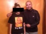 Picture: Баща наказа дъщеря си по крайно унизителен начин