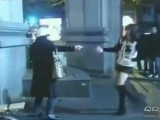 Picture: Откачена скача с нож на секси таекуондистка и пострада (ВИДЕО)