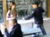 Picture: Ученик наби учителката си и я нарече к**ва (ВИДЕО)