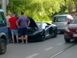 Picture: Черно Lamborghini Aventador закъса на бул.