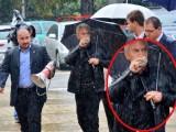 Picture: Фейсбук-ХИТ: Сидеров влиза въоръжен в парламента! (ФОТО!!!)
