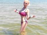 Picture: Тотално изтрещя! Валерия Лукянова махна още едно ребро!