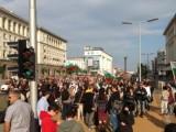Picture: Протестиращи спряха Орешарски на път за Министерския съвет (ВИДЕО)