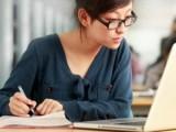 Picture: Учените: Научаването на език ви помага да отслабнете