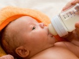 Новородените с микрочип за следене