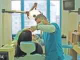 жена наби зъболекаря си