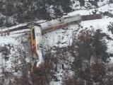 Влак дерайлира в Алпите