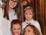 """Picture: Сестрите на малката Крисия влизат в """"Шоуто на Слави""""!"""