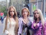 """Picture: """"Живата Барби"""" направо плаши хората без грим! (ВИДЕО)"""
