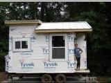Picture: Евала! 14-годишна тийнейджърка сама си построи къща