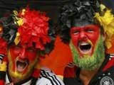 Picture: Футболен фен почете Бундестима с уиски, чакало победата 20 години