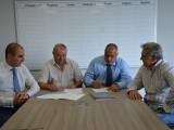 """Picture: ГЕРБ и ПП """"Никола Петков"""" подписаха споразумение за изборите"""