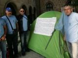 """Picture: Служители от """"НАПОИТЕЛНИ СИСТЕМИ"""" опънаха палатков лагер в София"""