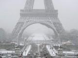 Picture: Франция блокирана от мощни снеговалежи