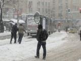 Сняг, студ и бурни ветрове сковаха Европа