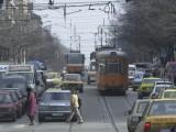 """Picture: Пренареждат 100 – годишните павета на бул.""""ДОНДУКОВ"""""""