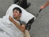 Picture: 16 – годишно момче е пребито от маскирани с бухалки в двора на училището