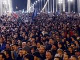 Picture: Хиляди унгарци протестираха срещу Орбан