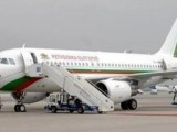 Час и половина правителственият самолет кръжа над летище София