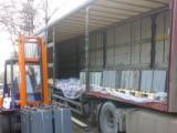 Picture: Пунктове в София приемат безплатно опасни домакински отпадъци