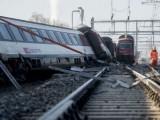 Picture: Влакова катастрофа в Швейцария, 49 души са пострадали