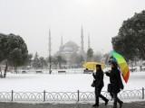 Picture: Силен снеговалеж блокира живота в Истанбул