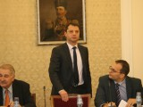 ГЕРБ с предложение да отпаднат преференциалните цени за ВЕИ