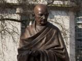 Picture: Лондон осигури на Махатма Ганди вечно присъствие до британския парламент