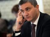Picture: Финансовият министър към кметовете – свийте парите за заплати