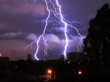 Синоптици: Бури и градушки в цяла България